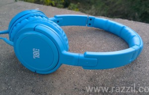 JBL Tempo On-Ear Headphones Review – Value for Money with Pure Sound
