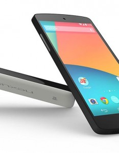 Google Nexus 5 with Android 4.4 KitKat available for 29K & 33K
